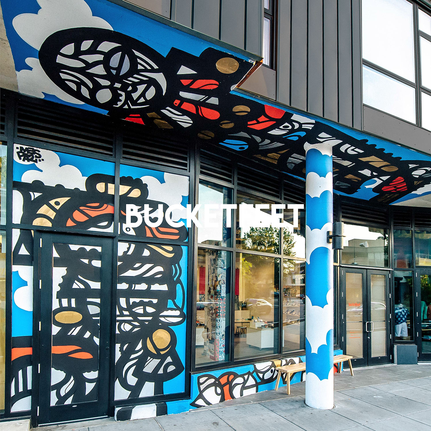 Bucketfeet in Washington, DC | Visual Merchandising and Retail Interior Design by Gala Magriña Design
